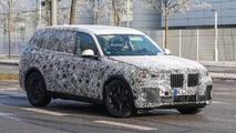 BMW X7 spied on the open road in Germany