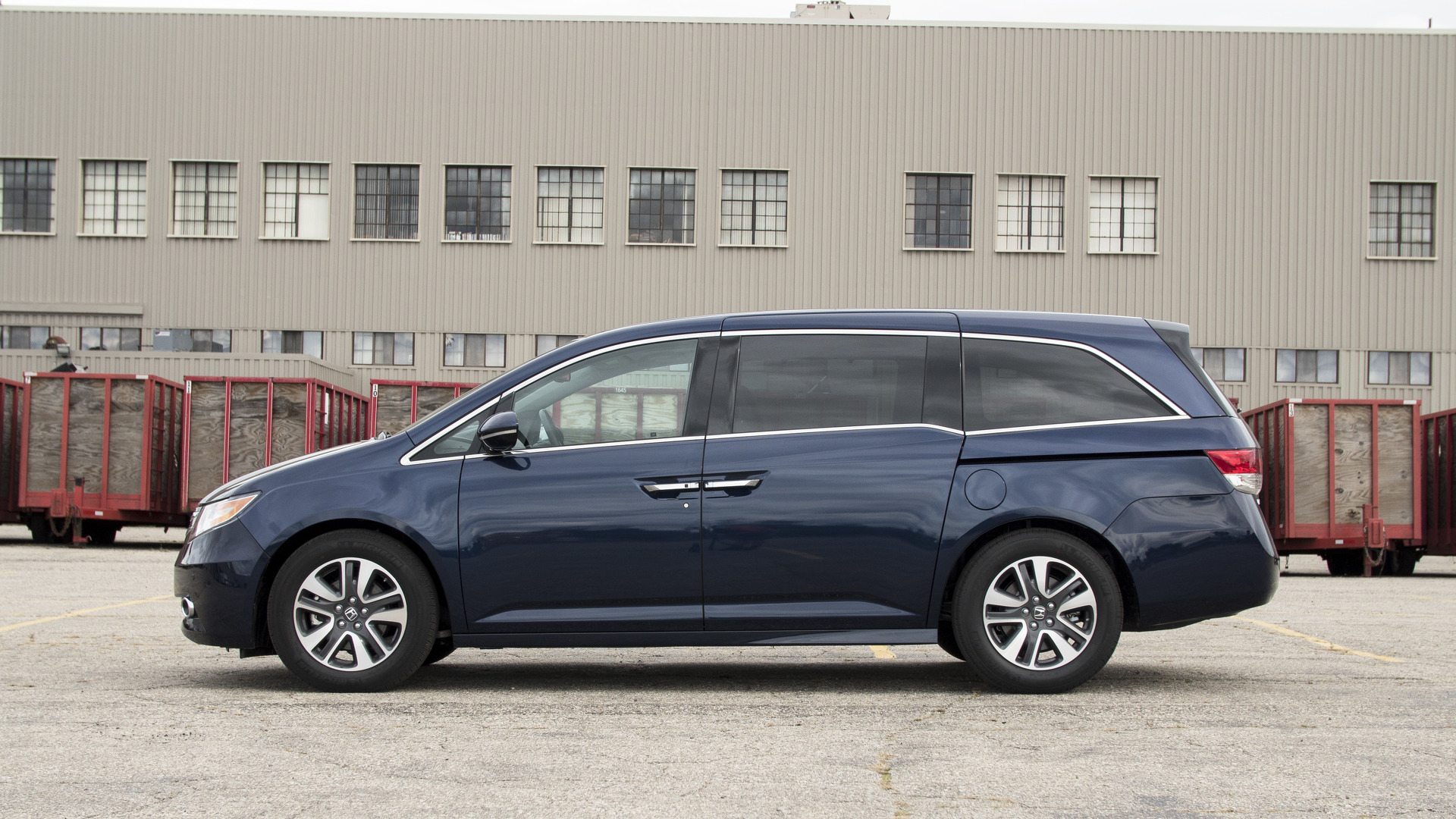 2017 honda odyssey why buy. Black Bedroom Furniture Sets. Home Design Ideas