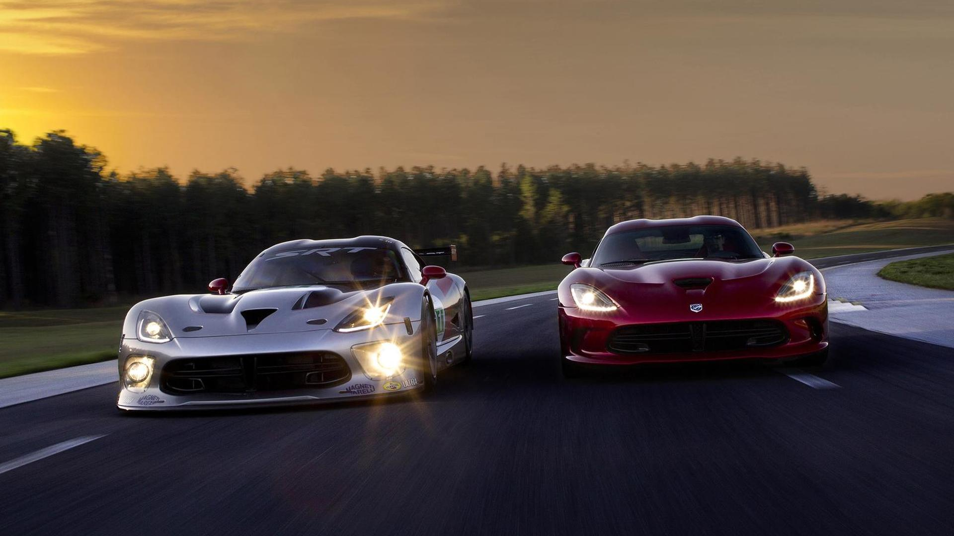2013 SRT Viper GTS-R surprises New York, returning to ALMS [video]