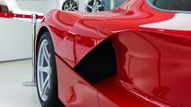 LaFerrari at Hong Kong dealership / Icy J Photography