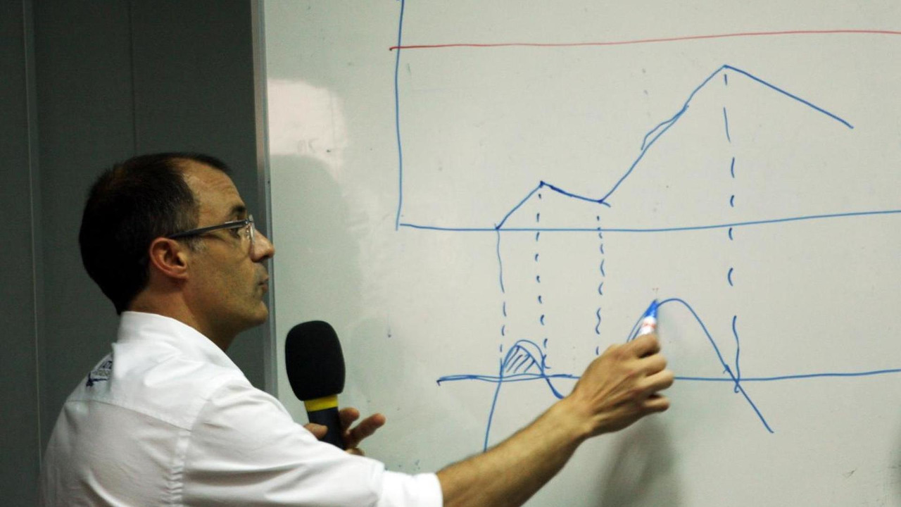 Fabrice Lom (FRA), FIA Head of Power Train, gives a briefing to the media on fuel sensors, 28.03.2014, Malaysian Grand Prix, Sepang / XPB