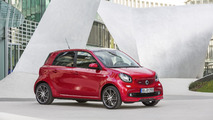 Smart lineup arrives in Beijing with 109-hp Brabus power
