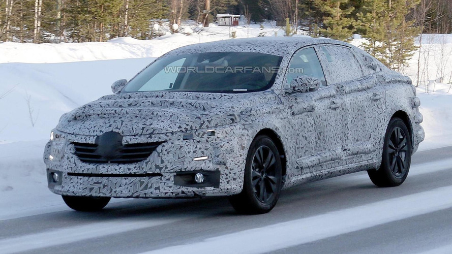 All-new Renault Laguna makes spy photo debut