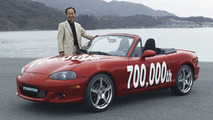 Mazda Builds MX-5 Number 700,000