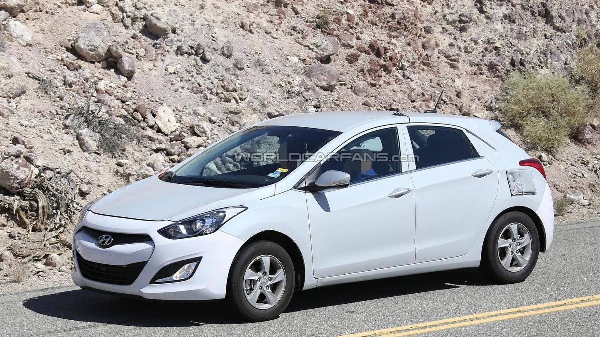 Hyundai's Prius-fighting hybrid caught testing