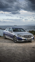 Mercedes-Benz E-Class travels from Africa to UK on a single tank of fuel