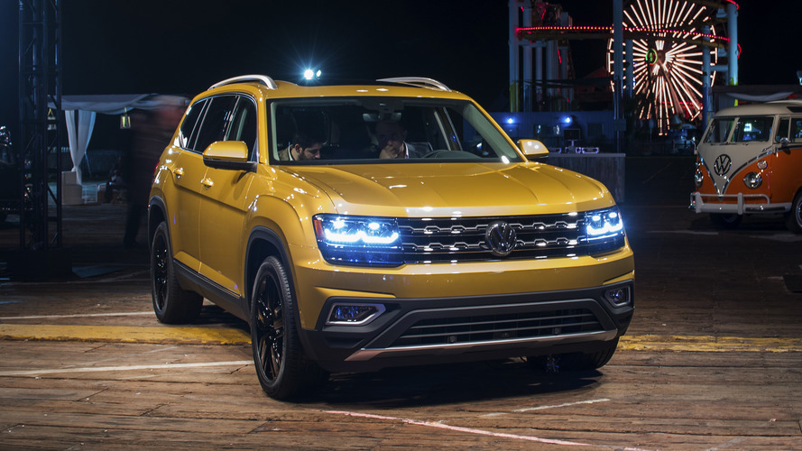 2018 Volkswagen Atlas photos live