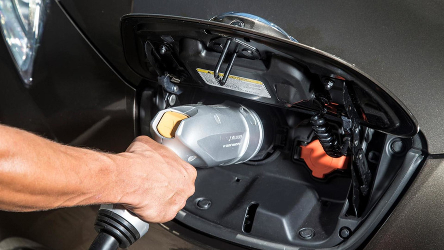 Cambridge scientists developing lithium oxygen battery that will heavily increase EV range