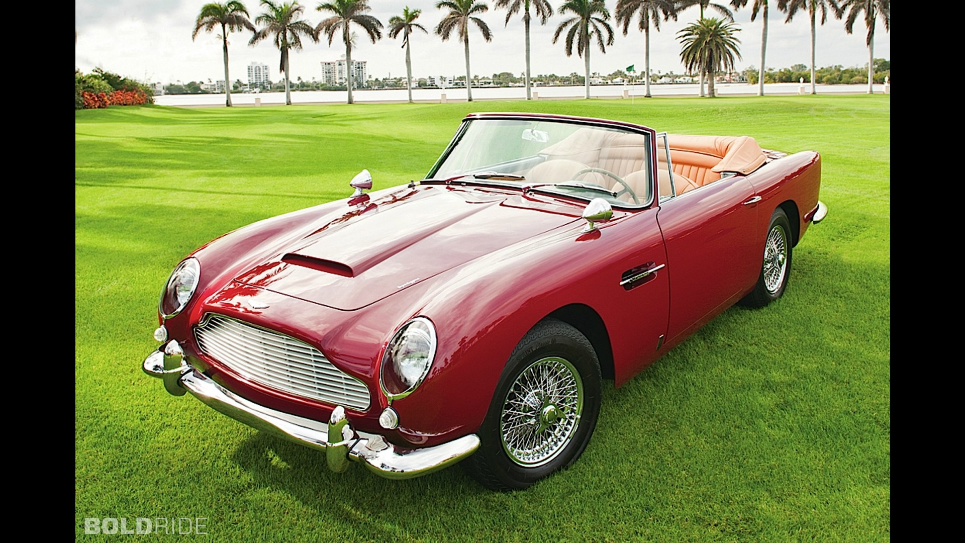 aston martin db5 vantage convertible. Black Bedroom Furniture Sets. Home Design Ideas