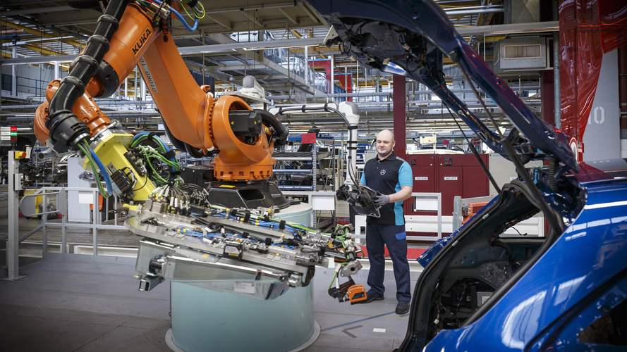 Mercedes adds 200 permanent jobs for GLC Coupe production