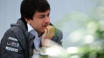 Mercedes backs Wolff amid Kolles comments saga