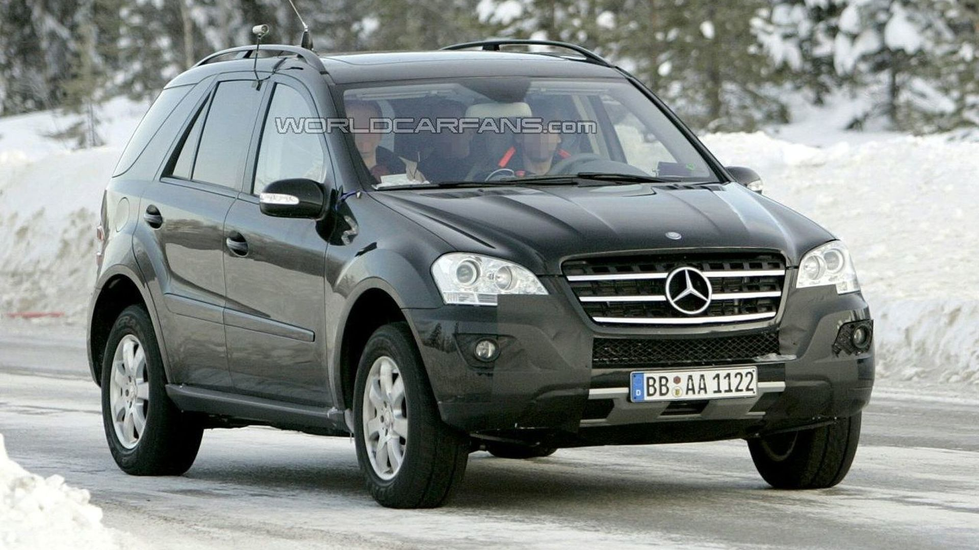 Mercedes M-Class Facelift Latest Spy Photos