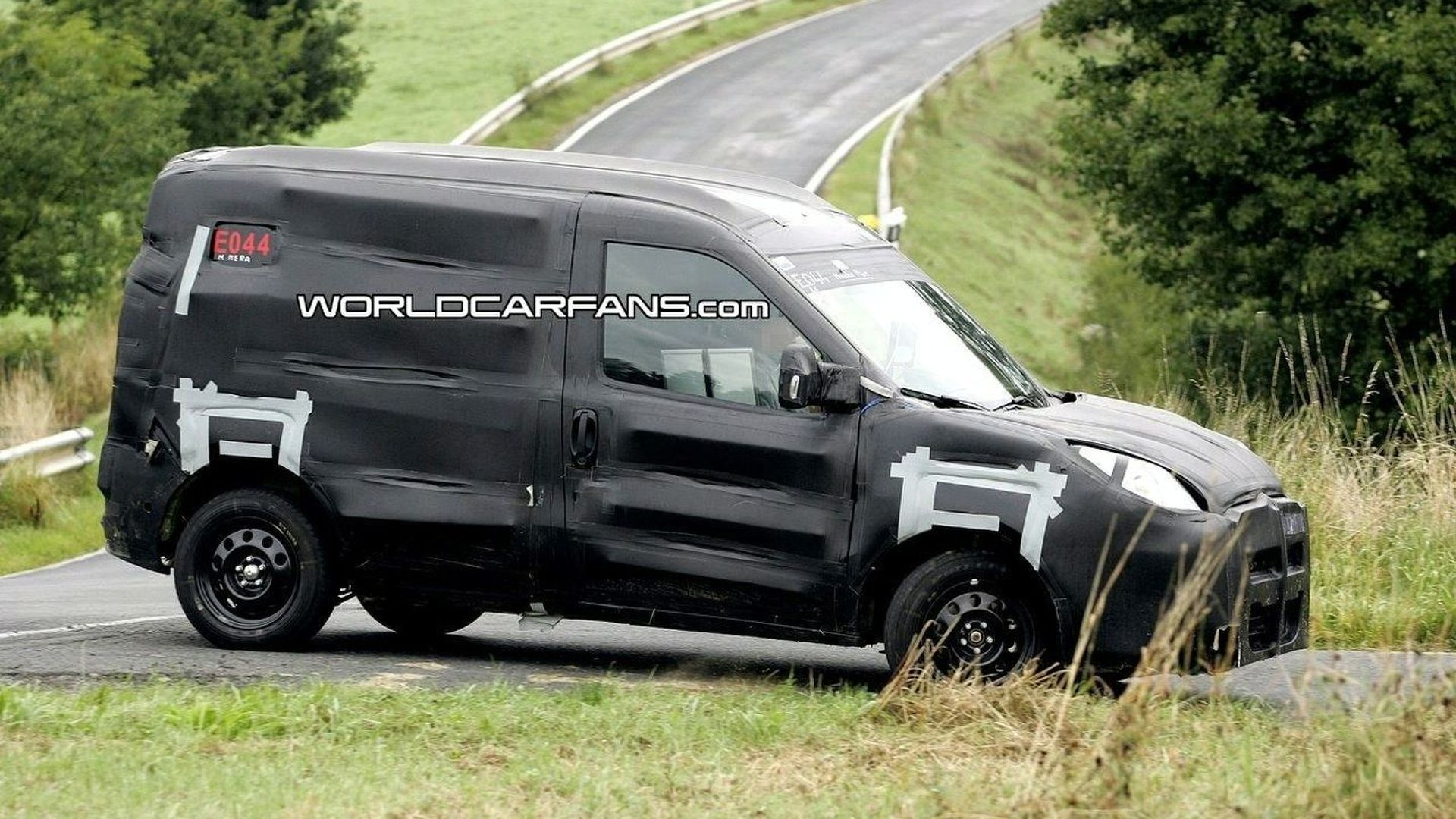 New Fiat Doblo First Spy Photos