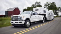 2017 Ford Super Duty has 925 lb-ft for towing tons of weight