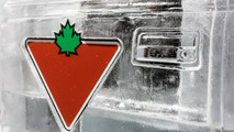 Canadian Tire builds a working truck sculpted from ice [videos]