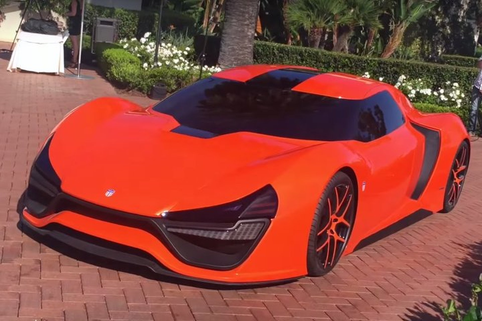 """2,000-HP """"American Hypercar"""" Concept in Open for the First Time"""