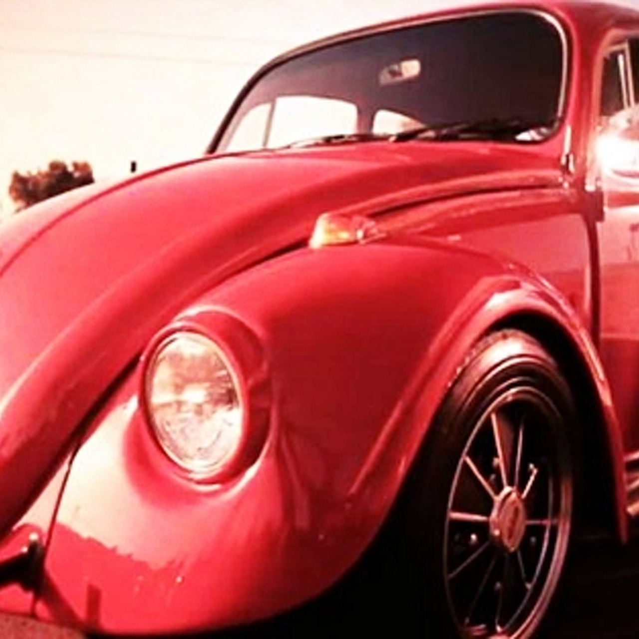 Video: Rolling with the VW Beetle California Look