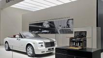 Rolls Royce Phantom Drophead Coupe live in Paris 30.09.2010