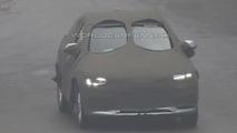 2015 Audi Q3 facelift spy photo