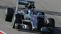 Vettel hails 'awesome' pace from new Mercedes