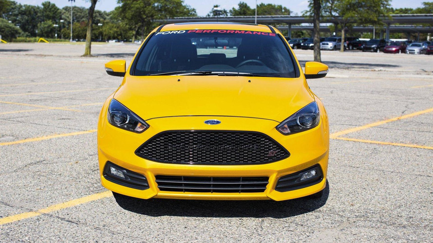 Ford Performance tunes the 2015 Focus ST to 275 bhp