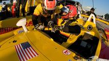 Driver change practice for #5 Penske Racing Porsche RS Spyder: Helio Castroneves, Ryan Briscoe