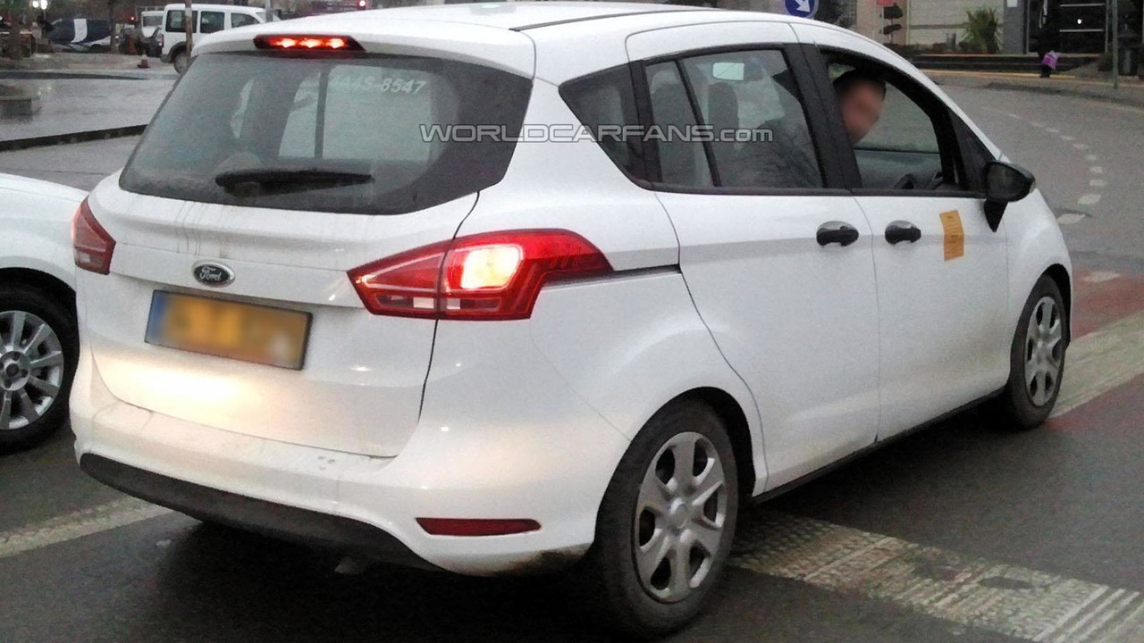 2015 ford b max facelift spied for the first time. Black Bedroom Furniture Sets. Home Design Ideas