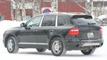 Porsche Cayenne Diesel spy photo