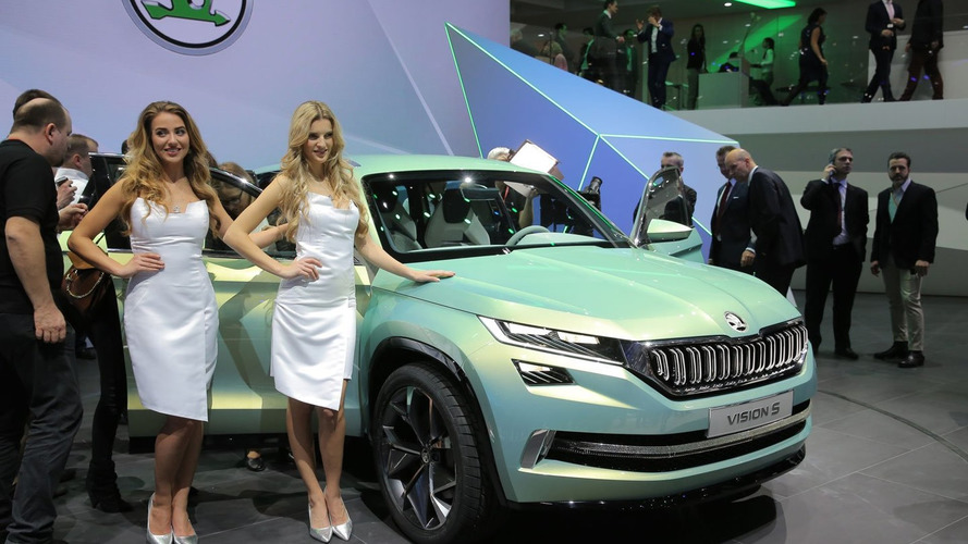 Skoda VisionS concepts bows in Geneva with a plug-in hybrid powertrain