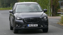 Mazda CX-5 facelift spy photo