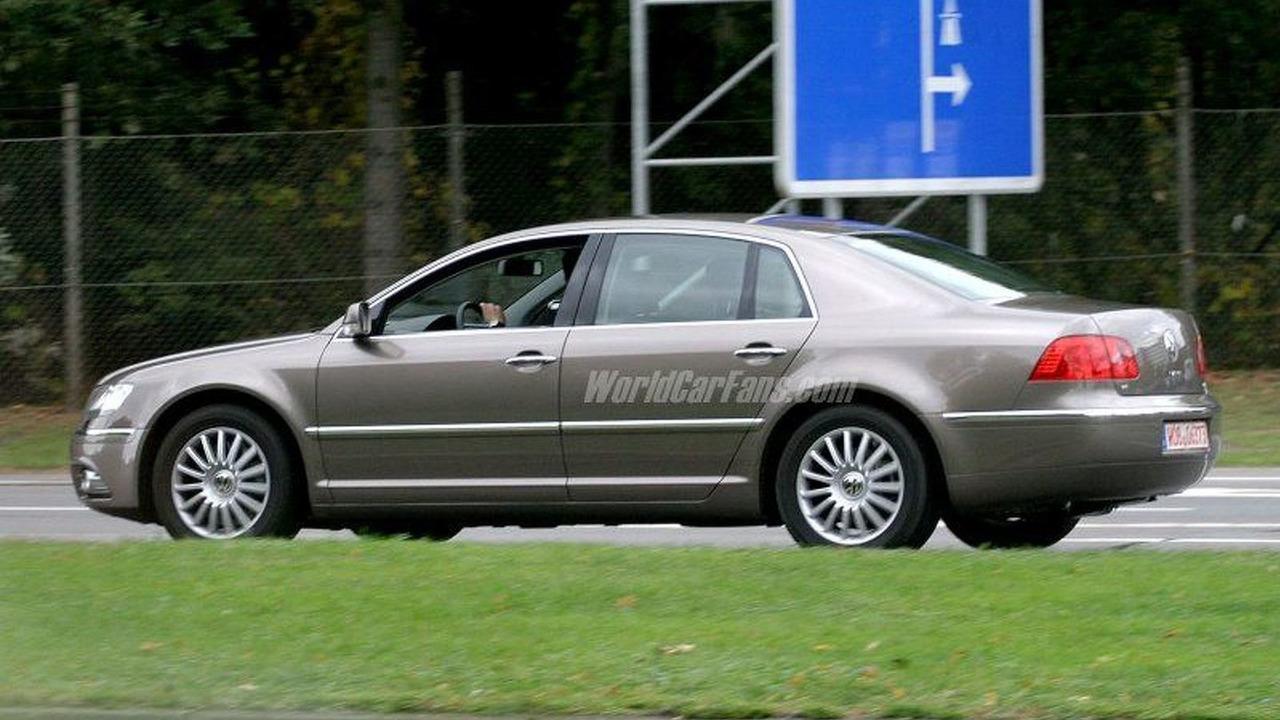 SPY PHOTOS: VW Phaeton Facelift