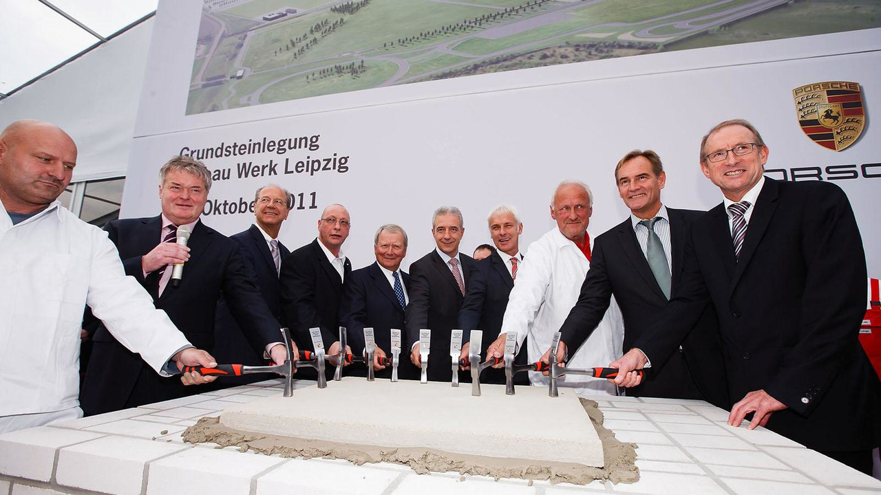 Ground-breaking ceremony at Porsche Leipzig plant - 18.10.2011
