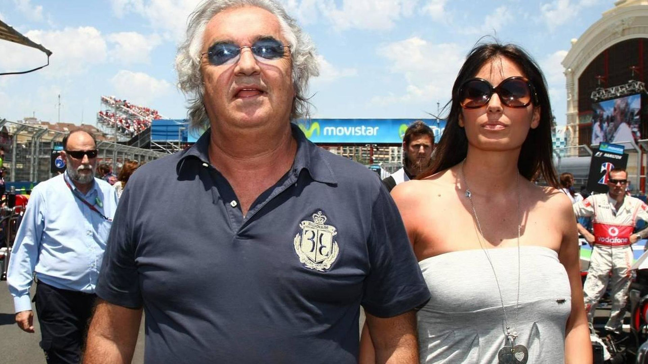 Flavio Briatore (ITA) with Elisabetta Gregoraci (ITA), Wife of Flavio Briatore (ITA) - Formula 1 World Championship, Rd 9, European Grand Prix, Sunday Pre-Race Grid