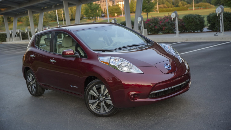 Nissan Leaf S base model gets 30-kWh battery upgrade, price increase