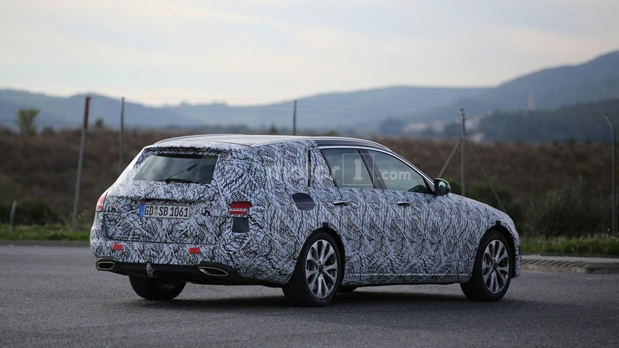New Mercedes E-Class Estate hides bigger trunk in spy video