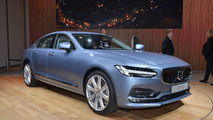 Gorgeous Volvo S90 brings 410-hp hybrid power to Detroit [LIVE PICS]