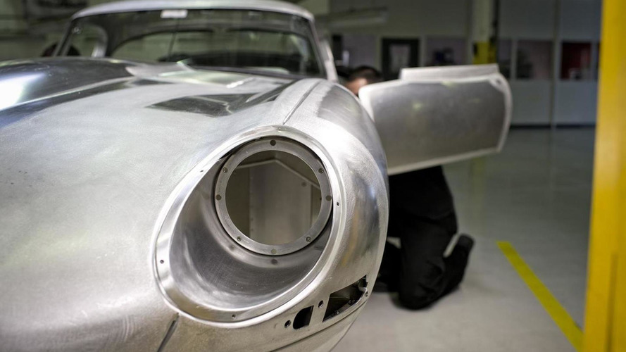 Jaguar Lightweight E-Type to cost 1M GBP - report