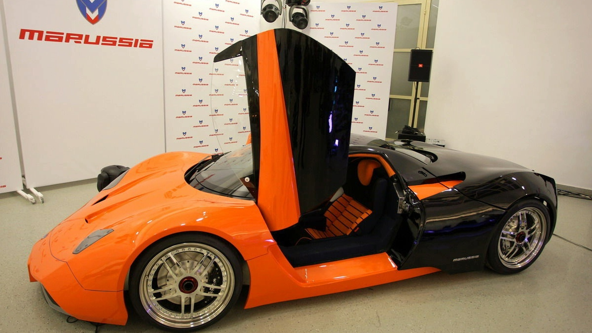 EMM Marussia from Russia Sends its Hybrid Love