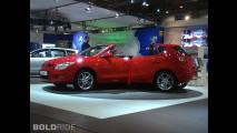 Hyundai i30 Unhinged by Andy Saunders