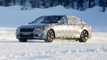 2015 / 2016 BMW 7-Series spy photo  / Automedia