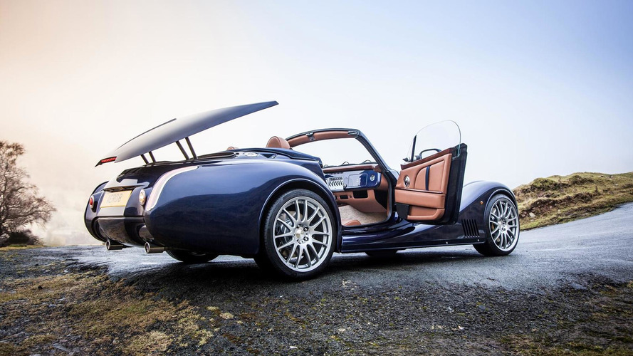 Morgan Aero 8 officially unveiled in Geneva [video]