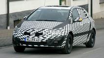Opel Astra Spy Video