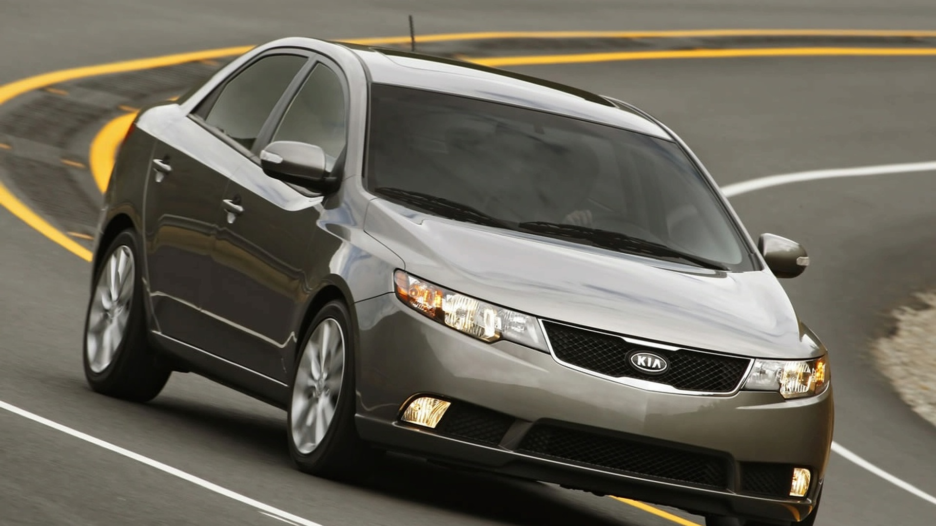 Kia Forte Introduced at Chicago Auto Show
