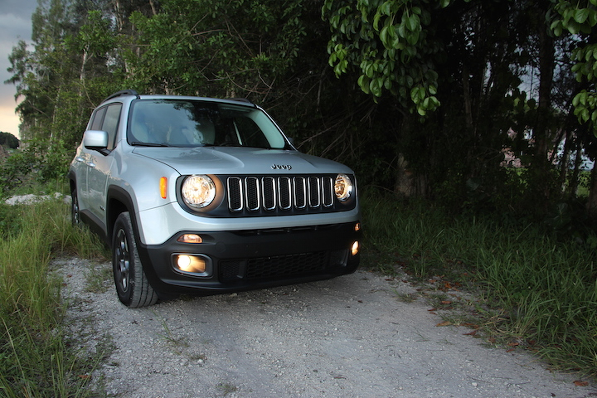 The Jeep Renegade Latitude Isn't Perfect, But It's Lovable: Review