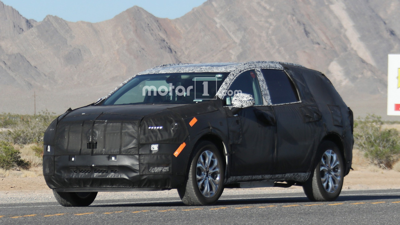 2018 Buick Enclave shows its new face in latest spy photos