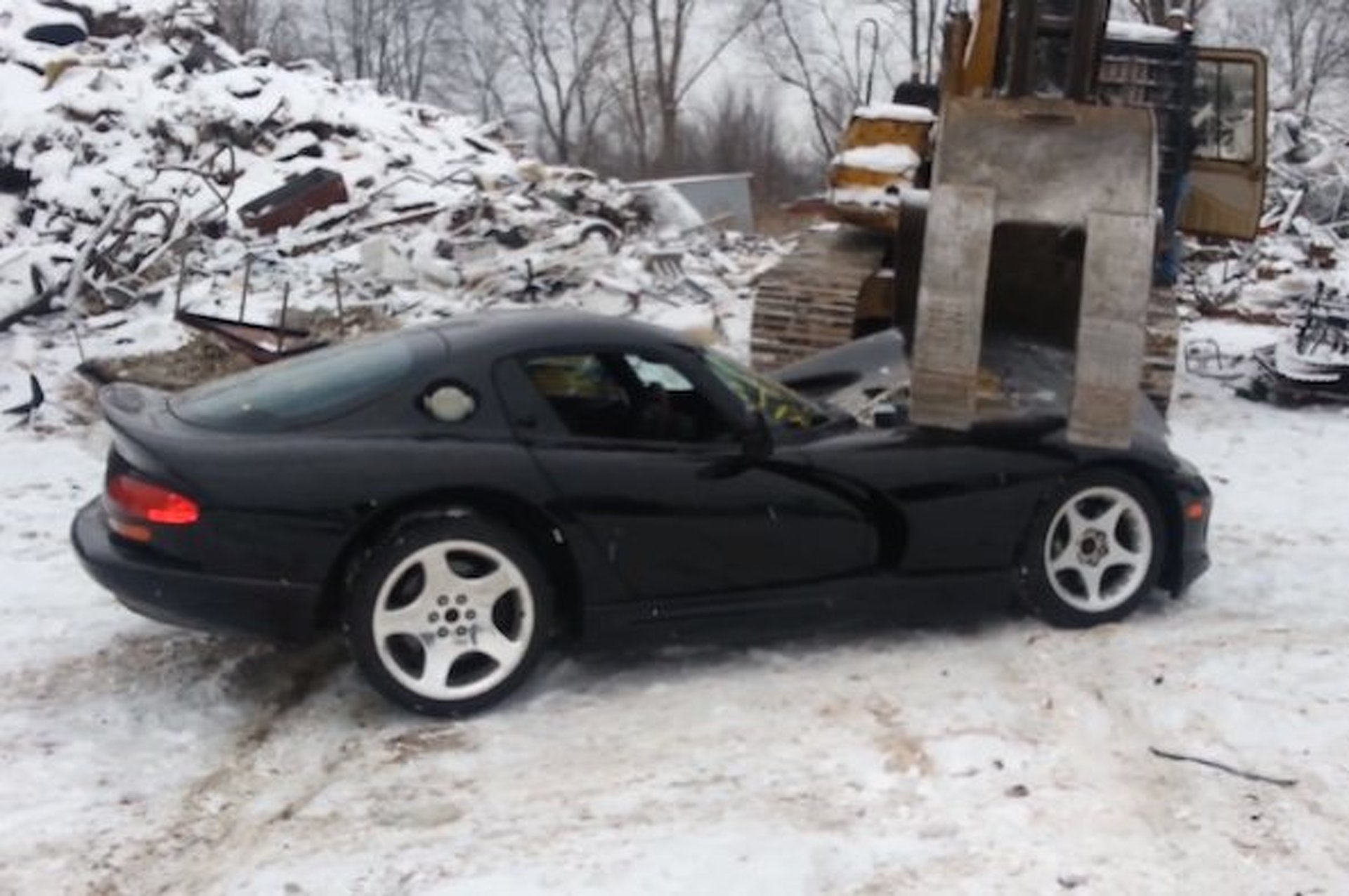 Dodge Viper Meets the Crusher [video]
