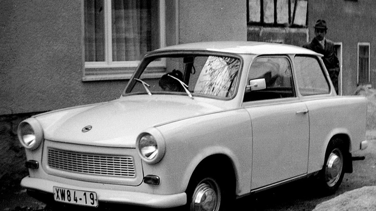 soviet cars were weird trabant 601. Black Bedroom Furniture Sets. Home Design Ideas