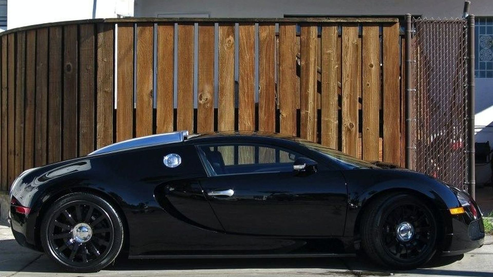 Jet Black Bugatti Veyron for Sale on eBay
