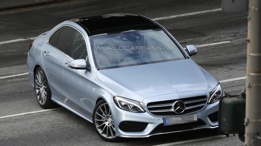 2014 Mercedes-Benz C-Class loses all camo in latest spy pics