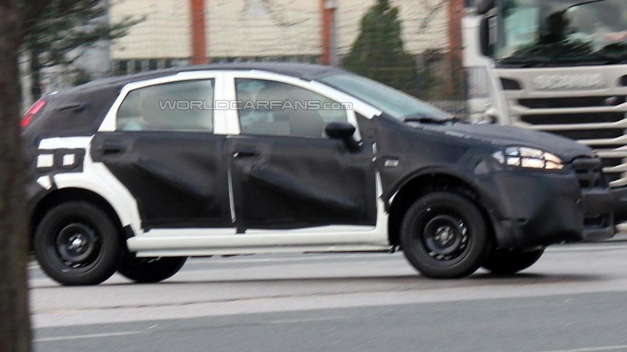 2016 / 2017 Fiat Bravo spy photo